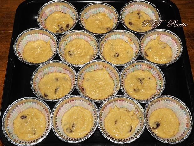 Muffin al cocco con pesche sciroppate 6