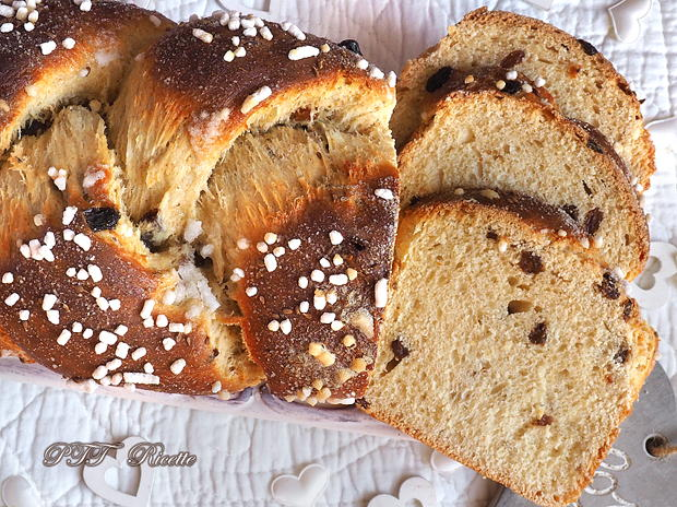 Pan Brioche soffice all'uvetta e semi di anice 11