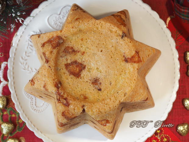 Pandoro salato con pancetta, provolone e parmigiano 9