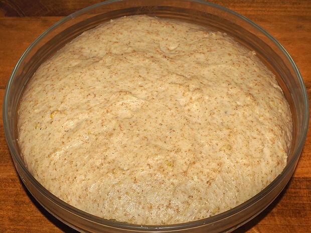 Panettone integrale senza zucchero, con uvetta 2