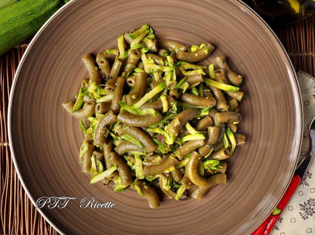 Pasta al basilico con zucchine 6