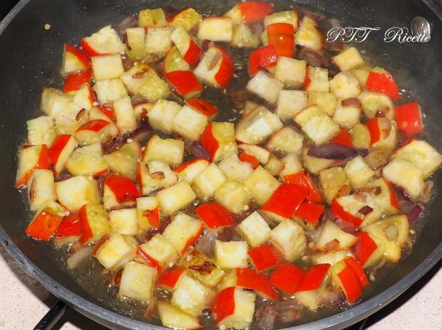 Pasta con melanzane rosse di Rotonda 7