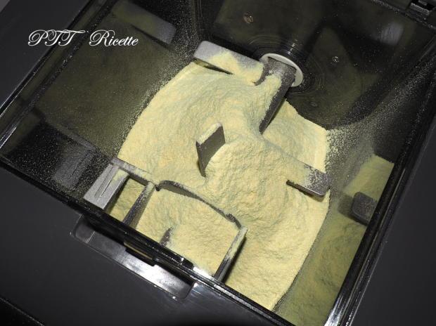 Pasta funghi di farina di piselli e semola con Pasta Maker Philips 1