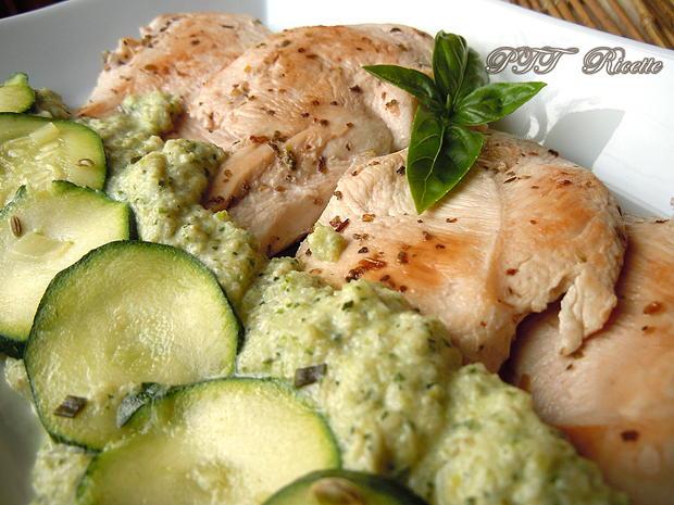 Petto di pollo con crema di zucchine 2