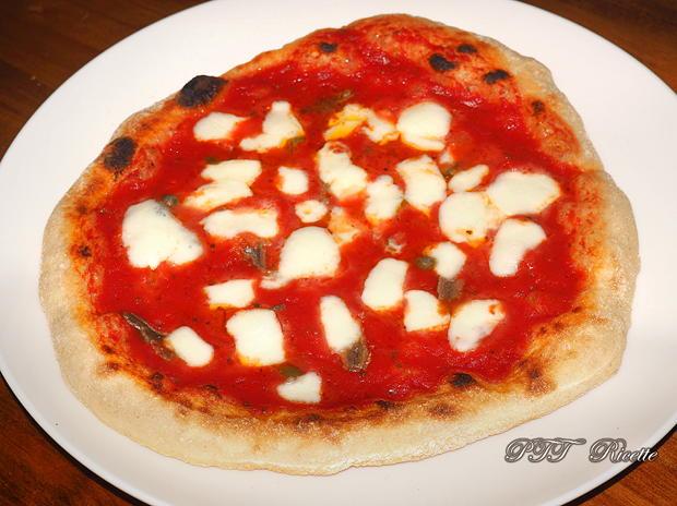 Pizza napoletana con semola e 24 ore lievitazione 9