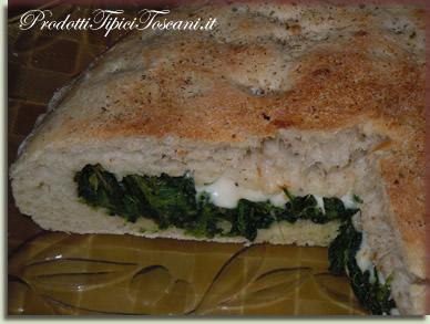Pizza ripiena spinaci e mozzarella