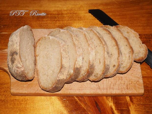 Pizzette di pane, pomodoro e mozzarella 1