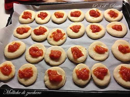 Pizzette di pasta brioche 2