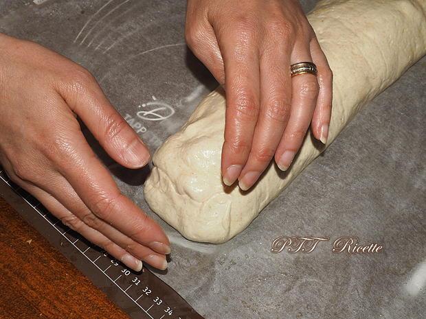 Plumcake con wurstel e provolone 6