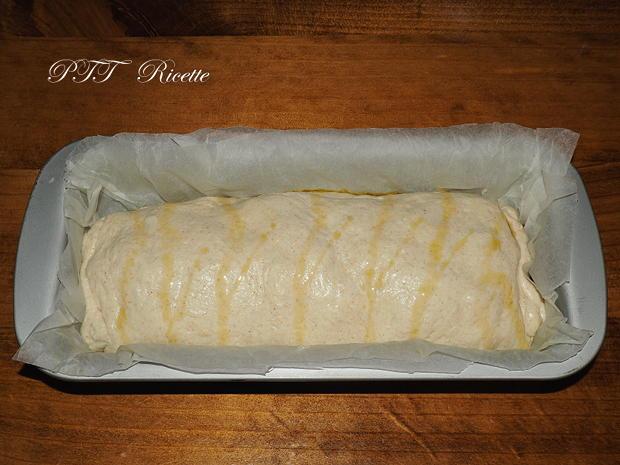 Plumcake con wurstel e provolone 7