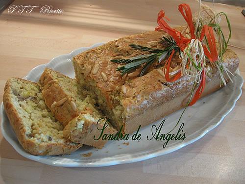 Plumcake salato con emmenthal, prosciutto cotto e zucchine