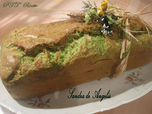 Plumcake salato con spinaci, speck e formaggio 1