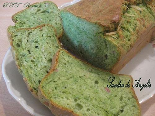 Plumcake salato con spinaci, speck e formaggio 2