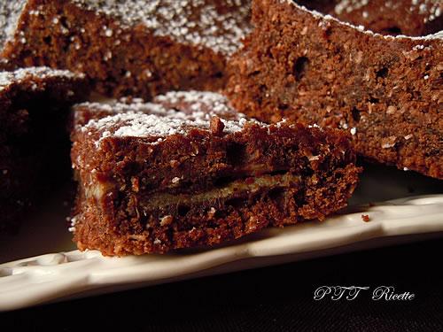 Quadrotti di tortina al cacao 2