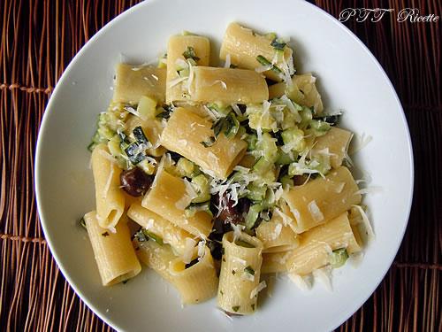 Rigatoni con zucchine 1