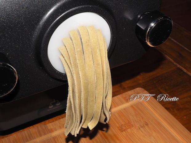 Tagliatelle verdi con Pasta Maker Philips 2