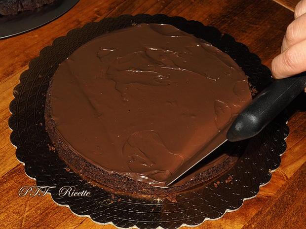 Torta al cacao con Nutella e panna al cocco 4