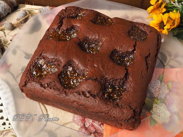 Torta al cacao e confettura di fichi