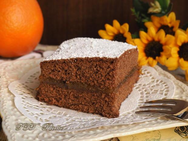 Torta al cacao senza glutine con marmellata 6