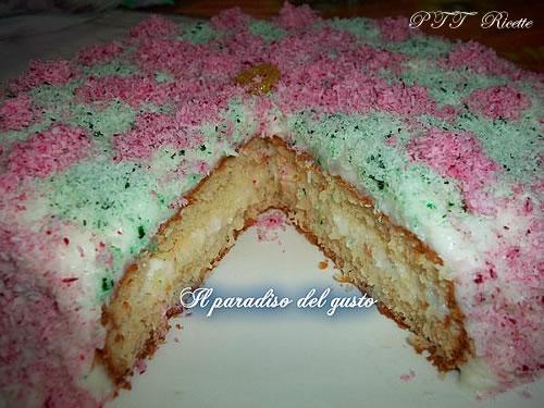 Torta coccolosa (torta al cocco)