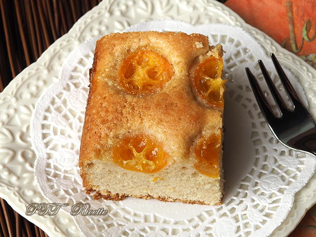 Torta all'arancia con mandarini cinesi kumquat 8