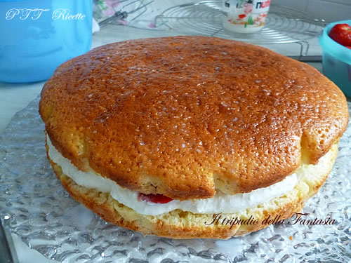 Torta di yogurt alle fragole 11