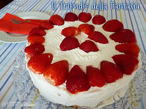 Torta di yogurt alle fragole 2