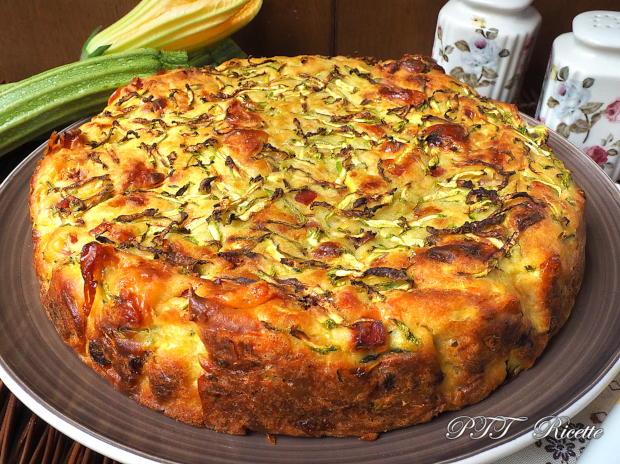 Torta di zucchine con cotto e formaggio 10