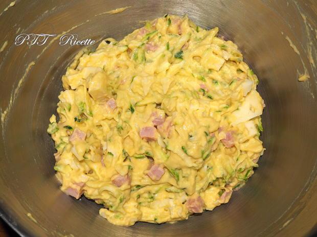 Torta di zucchine con cotto e formaggio 5