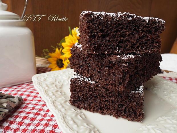 Torta dietetica al cacao senza burro 6