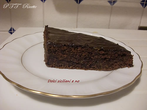 Torta Sacher morbida 2