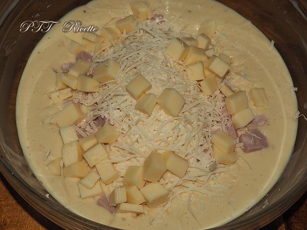 Torta salata con mortadella 5