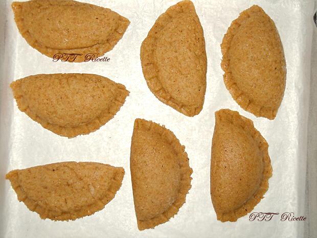 Tortelli dolci con cioccolato e farina integrale 8