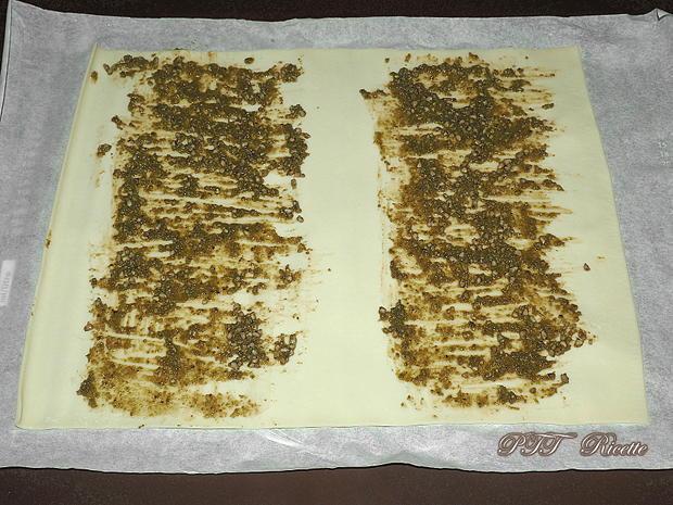 Ventaglietti di pasta sfoglia al pesto e provolone 2