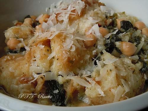 Zuppa con ceci, spinaci e pane 2